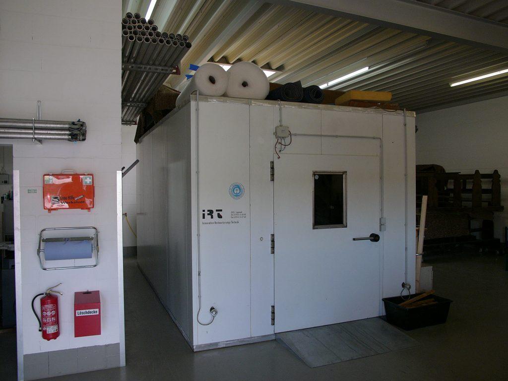 Thermische Behandlung von Möbeln und Einrichtungsgegenständen